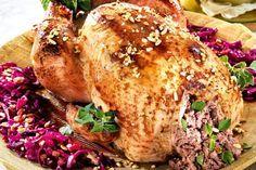 Pavo relleno asado - 13 increíbles recetas de pavo para Nochebuena   Cocina Muy Fácil   http://cocinamuyfacil.com
