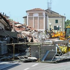 Normativa emergenziale post sisma: valida la proroga dei contratti a tempo determinato: http://www.lavorofisco.it/normativa-emergenziale-post-sisma-valida-la-proroga-dei-contratti-a-tempo-determinato.html