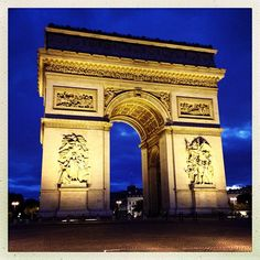 Located in the heart of France with a beautiful design and historical place