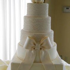 Lace & Bow Wedding Cake! Beautiful.