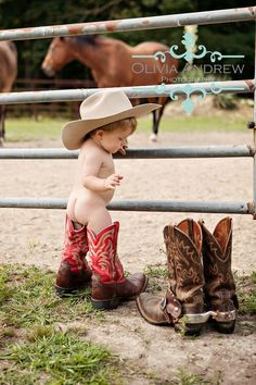 This pic reminds me of Cale when he puts on our boots and they reach his butt :)))