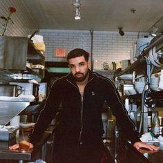 Bae in the flesh ❤️😍😍 Drake Shows, Old Drake, Drake Wallpapers, Drake Drizzy, Drake Graham, Aubrey Drake, Hip Hop Artists, Hip Hop Rap, Papi