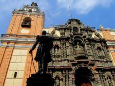 Iglesia de la Merced en pleno Jirón de la Unión en Lima  http://www.placeok.com/blog-de-viajes-peru-caminatas-lima/