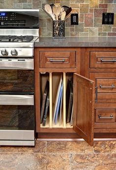 Cherry Kitchen Cabinets Design Ideas, Pictures, Remodel, and Decor - page 6