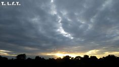 """Video : Beautiful Sun Set And Floating Clouds """"Time Lapse Video"""" 3 fps Video"""