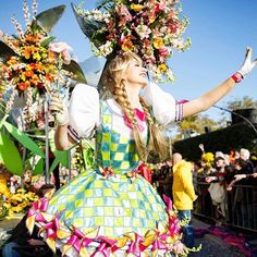 Souvenir de la Bataille de Fleurs 2017 🌺🌿🌼💐 📸 OTCN/A.Chailan  #nicecarnaval #nicemoments #ILoveNice #nicefrance #ILoveNice #Nice06 #igersnice #igersfrance #nicecarnival #carnival #show