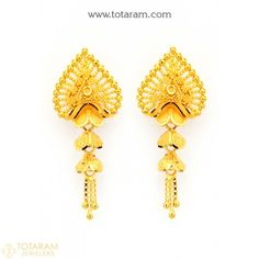 Indian Gold Jewellery Design, Gold Temple Jewellery, Gold Jewelry, Jewelery, Jewelry Design, Gold Chandelier Earrings, Gold Drop Earrings, Gold Hair Accessories, Buy Earrings
