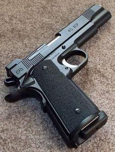 RAE Magazine Speedloaders will save you! Military Weapons, Weapons Guns, Guns And Ammo, 1911 Pistol, Colt 1911, Custom 1911, Armas Ninja, Shooting Guns, Fire Powers