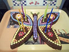 Gâteau chocolat papillon Birthday Candles, Birthday Cake, Happy Birthday My Love, Butterfly Birthday, Cooking With Kids, Baby Party, Creative Cakes, Chocolate Cake, Food And Drink
