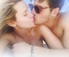 Happy Valentine's Day! Bella Thorne and Gregg Sulkin spent the weekend together for Valentine's Day. Can these two get any cuter?! They spent their weekend laying in the sun andsoaking up the warm rays. Don't forget to remind those close to you that you love them! Instagram: @bellathorne Twitter: @bellathorne Photo: Bella Thorne/Instagram