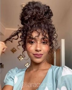 hairstyles korean hairstyles half up hairstyles compilation 2020 hairstyles dances curly hairstyles for quinceaneras hair vector hairstyles male hairstyles long bob Blonde Curly Hair, Curly Hair With Bangs, 4c Hair, Curly Hair Styles, Natural Hair Styles, Short Curly Hair, Curly Girl, Thin Hair, Curly Bob