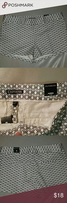 Express gio stripe print short 99% cotton, 1% spandex Beautiful pattern 2 1/2 inseam Express Shorts