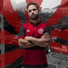 Com Diego de modelo Flamengo exibe o seu novo uniforme nas redes sociais