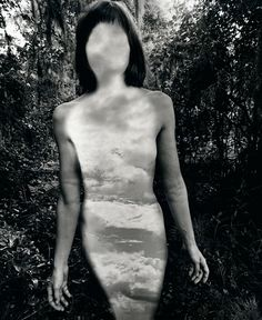 Jerry Uelsmann (born Untitled 1977 Gelatin silver print 13 x 10 in x cm) © Jerry Uelsmann Courtesy of Art Blart. Jerry Uelsmann, Artistic Photography, Creative Photography, White Photography, Fantasy Photography, Vintage Photography, Amor Bipolar, Photoshop, Dr Marcus