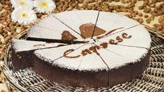 torta caprese Sorrento, Yummy Food, Desserts, Tailgate Desserts, Deserts, Delicious Food, Postres, Dessert, Plated Desserts