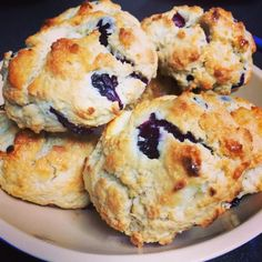 This Father's Day, my husband had one request. Blueberry cream cheese scones from Diamond Head Market & Grill.  Being that we live exactly 2...
