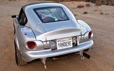 No hearts broken: a custom Miata that never rests Mazdaspeed Miata, Mazda Miata, Mx5 Nb, Datsun Roadster, Car Restoration, Car Rental, Car Car, Custom Cars, Automobile