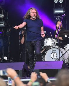 Robert Plant & The Sensational Space Shifters perform onstage at Which Stage during Day 4 of the 2015 Bonnaroo Music And Arts Festival on June 14, 2015 in Manchester, Tennessee. (June 13, 2015 - Source: Jason Merritt/Getty Images North America)
