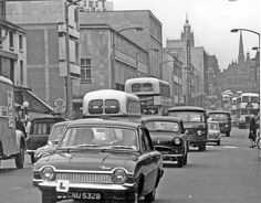 The Moor looking towards Pinstone Street, Roberts Brothers, Rockingham House, Department Store, in background Sheffield City, Sheffield England, Sources Of Iron, Northern England, Cars Uk, South Yorkshire, Black And White Pictures, British History, Classic Cars