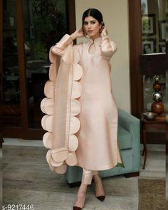 DM to buy 1999Free Delivery COD/Returns/Available Delivery 6-8 days Best Quality Only . . . . . . . .#kurtionline #kurti #kurtis #kurtimurah #kurties #designerkurti #kurtiblouse #tuncelkurtiz #kurtidress #kurtilover #longkurti #cottonkurti #designerkurtis #selfiekurti #kurtislove #kurtilove #kurtiwholesale #kurtitop #kurtiforgirlsrtiz #kurtiplazo #kurtisonline #indiankurti #kurticollection #kurticotton #kurtilovers #ladieskurti #kurtinewcollection #kurtiforgirls #kurtishopping #kurtiforfestivals Pakistani Fashion Party Wear, Pakistani Dresses Casual, Pakistani Dress Design, Dress Indian Style, Indian Fashion Dresses, Indian Outfits, Stylish Dresses For Girls, Stylish Dress Designs, Girls Dresses