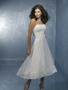 NO.011177 2012 spring style aline strapless lace sleeveless tealength tulle white wedding dress for brides