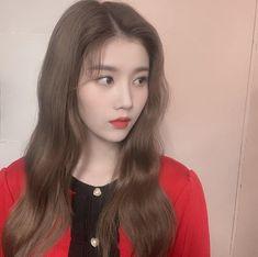 eunbi is really star quality shes soooo talented and sooo pretty at the same time Korean Girl, Asian Girl, Eyes On Me, Secret Song, Japanese Girl Group, Glitter Girl, Famous Girls, Ulzzang Girl, Korean Ulzzang