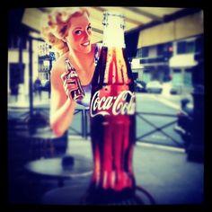 http://sudipbhattacharya.wordpress.com/2012/04/22/retro-come-campaign/    #coke #apps #paris #travel