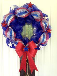 4th of July deco mesh wreath!!