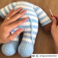 Crochet Baby Toys, Crochet Teddy, Crochet Bear, Crochet Dolls Free Patterns, Baby Knitting Patterns, Crochet Stitches, Crochet Bunny Pattern, Crochet Headband Pattern, Diy Crochet Projects