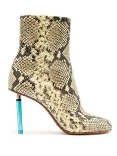 5185bf6e0 360 meilleures images du tableau Shoes en 2019 | Chaussures de mode ...
