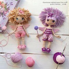 How To Crochet an Amigurumi Rabbit - Crochet Ideas Amigurumi Patterns, Amigurumi Doll, Doll Patterns, Knitted Dolls, Crochet Dolls, Crochet Doll Pattern, Crochet Patterns, Crochet Fairy, Crochet Gifts