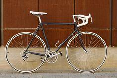 Retro Giant vintage road bike