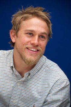 In October 2011, he participated in the Sons of Anarchy press conference in LA.