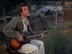M*A*S*H: Season 3, Episode 2 Rainbow Bridge (17 Sep. 1974) Mash , 4077, Capt. Calvin Spalding,  Loudon Wainwright III