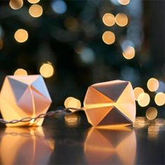 Top 5 DIY string lights ~ perfect for the festive season. Including unique christmas ornament lights!