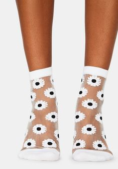 MeMoi Daisy Mono Fine Net Anklet Socks like walking on a bed of daisies. Mesh Socks, Sheer Socks, Fishnet Tights, Fashion Socks, Ankle Socks, Rock Style, Walk On, Online Boutiques, Anklet