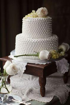 Milk glass cake
