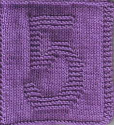 Knitted FIVE square