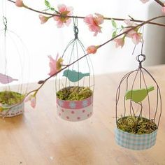 In the ARD buffet (simple & creative + The order fairy) I show you today this n … - Easter Day Tin Can Crafts, Wire Crafts, Diy Home Crafts, Fun Crafts, Diy For Kids, Crafts For Kids, Ard Buffet, Diy Ostern, Bird Cages