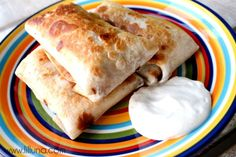 Bean Chimichanga - so GOOD and EASY! And they're baked so lots healthier. Can substitute beans for chicken or beef. Mexican Dishes, Mexican Food Recipes, Vegetarian Recipes, Cooking Recipes, Healthy Recipes, Diner Recipes, Healthy Eats, Dessert Recipes, Desserts
