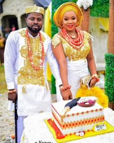 30 Igbo Traditional Wedding Styles to Leave Them Speechless African Traditional Wedding Dress, Traditional Wedding Attire, Traditional Weddings, Igbo Bride, Igbo Wedding, African Wedding Attire, Expensive Dresses, Nigerian Bride, How To Dress For A Wedding