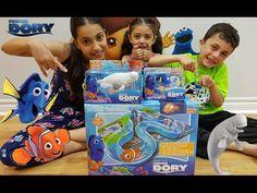 Disney Finding Dory Water Toys Marine Life Institute Playset Swimming Ne...