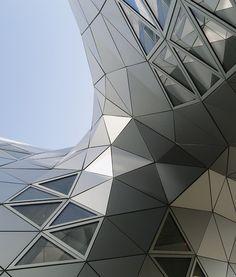Aluminium composite panel ALUCOBOND® ANODIZED LOOK by 3A Composites @alucobondeurope
