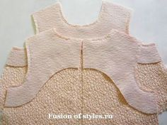 Treatment of neck and armholes dress-case single cut facings