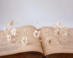 Bridal head piece, Ecru headband, Boho, Beige head piece, Flower headband beige, Hippie flower headband crown, Crowns and tiaras, Wedding