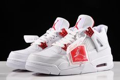 Fly Shoes, Swag Shoes, Kicks Shoes, Jordan Basketball Shoes, Jordan Shoes Girls, Jordan Outfits, Nike Air Jordan, Jordan 4, Jordan Retro 4