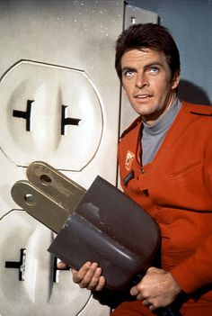 Gary Conway as 'Captain Steve Burton' in Land of the Giants (1968-70, ABC)