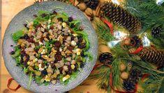 Przepyszna sałatka ze szpinakiem, fetą, suszonymi pomidorami i gruszką! – Eat Me Fit Me! :) Pesto, Grains, Food And Drink, Rice, Chicken, Vegetables, Vegetable Recipes, Seeds, Laughter