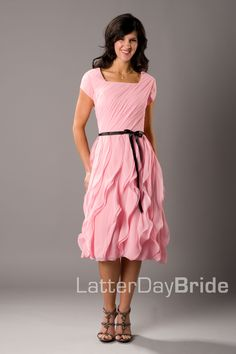 Latter day Bride Modest Homecoming Dresses, Unique Bridesmaid Dresses, Modest Dresses, Pretty Dresses, Bridesmaids, Modest Clothing, Modest Fashion, Wedding Dresses, Latter Day Bride