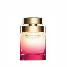 Wonderlust Sensual Essence, é a nova fragrância feminina de Michael Kors. É um perfume amadeirado, com notas florais frutadas.